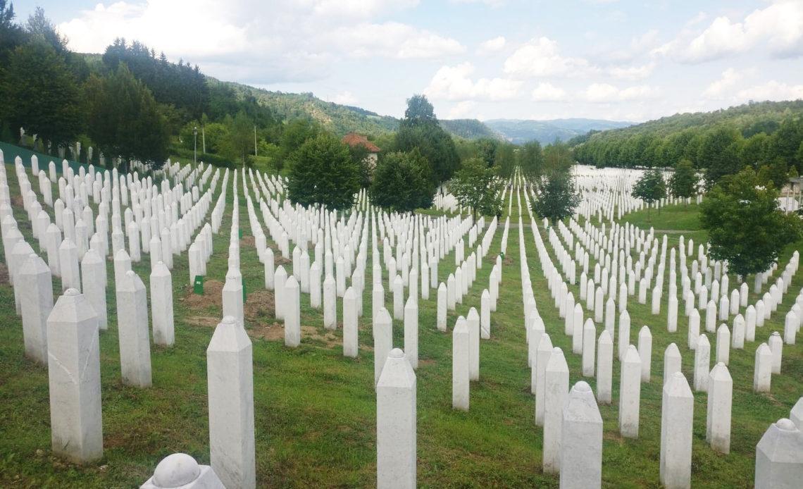 Cimetierre du génocide de Srebrenica